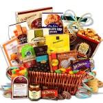 Sweet Gift Basket - Deluxe